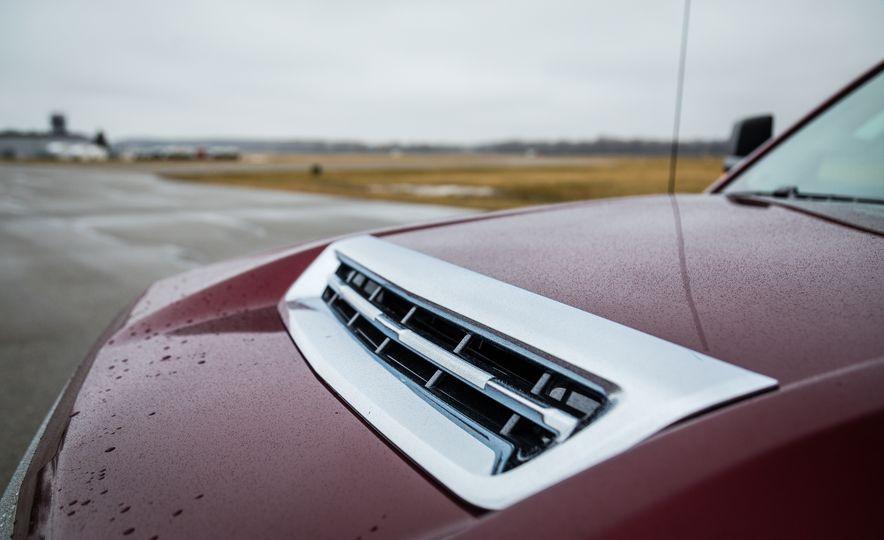 2017 Chevrolet Silverado 2500HD/3500HD - Slide 16