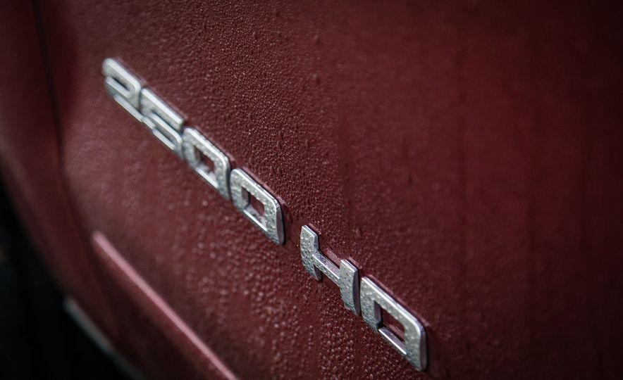 2017 Chevrolet Silverado 2500HD/3500HD - Slide 18