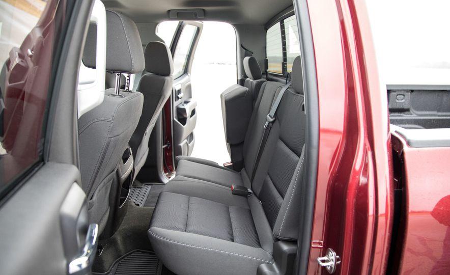 2017 Chevrolet Silverado 2500HD/3500HD - Slide 34