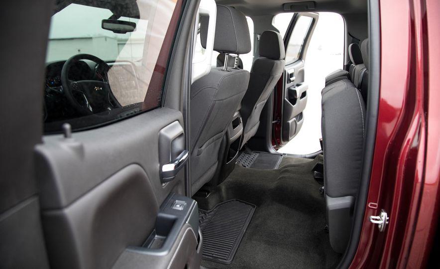 2017 Chevrolet Silverado 2500HD/3500HD - Slide 35