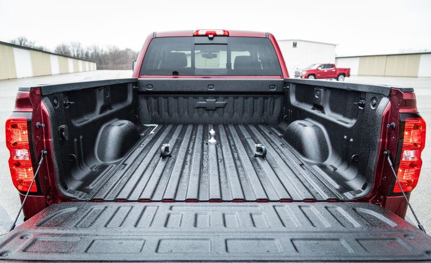 2017 Chevrolet Silverado 2500HD/3500HD - Slide 37