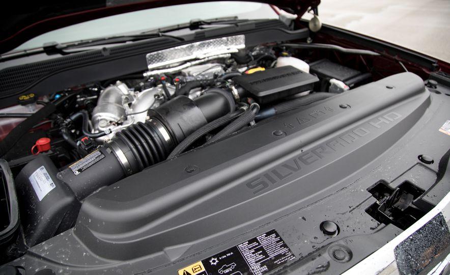 2017 Chevrolet Silverado 2500HD/3500HD - Slide 39
