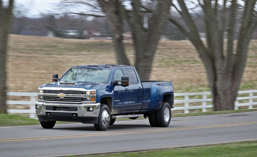 2017 Chevrolet Silverado 2500HD/3500HD - Slide 42