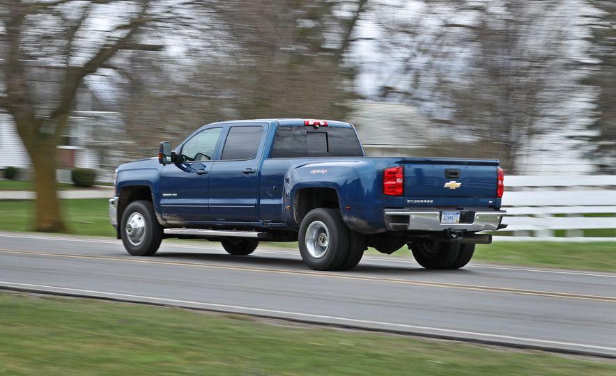 2017 Chevrolet Silverado 2500HD/3500HD - Slide 44