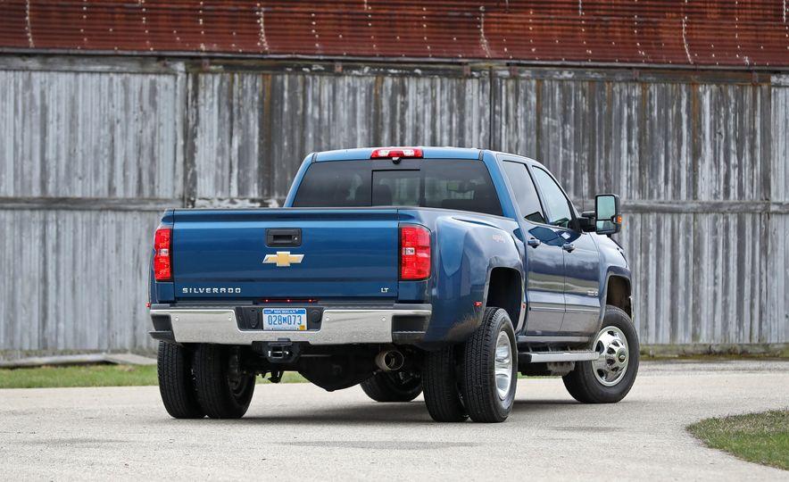 2017 Chevrolet Silverado 2500HD/3500HD - Slide 58