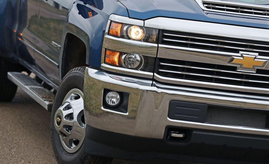 2017 Chevrolet Silverado 2500HD/3500HD - Slide 60