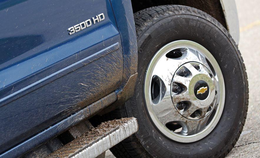 2017 Chevrolet Silverado 2500HD/3500HD - Slide 64