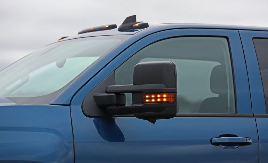 2017 Chevrolet Silverado 2500HD/3500HD - Slide 65