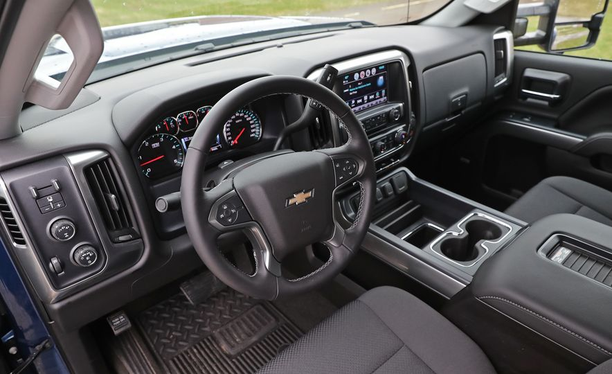 2017 Chevrolet Silverado 2500HD/3500HD - Slide 71