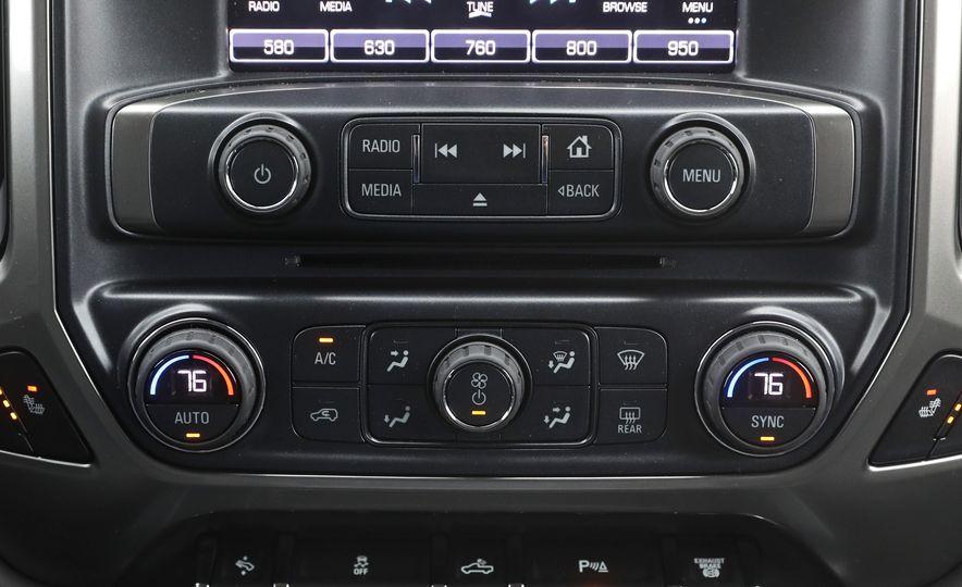 2017 Chevrolet Silverado 2500HD/3500HD - Slide 90