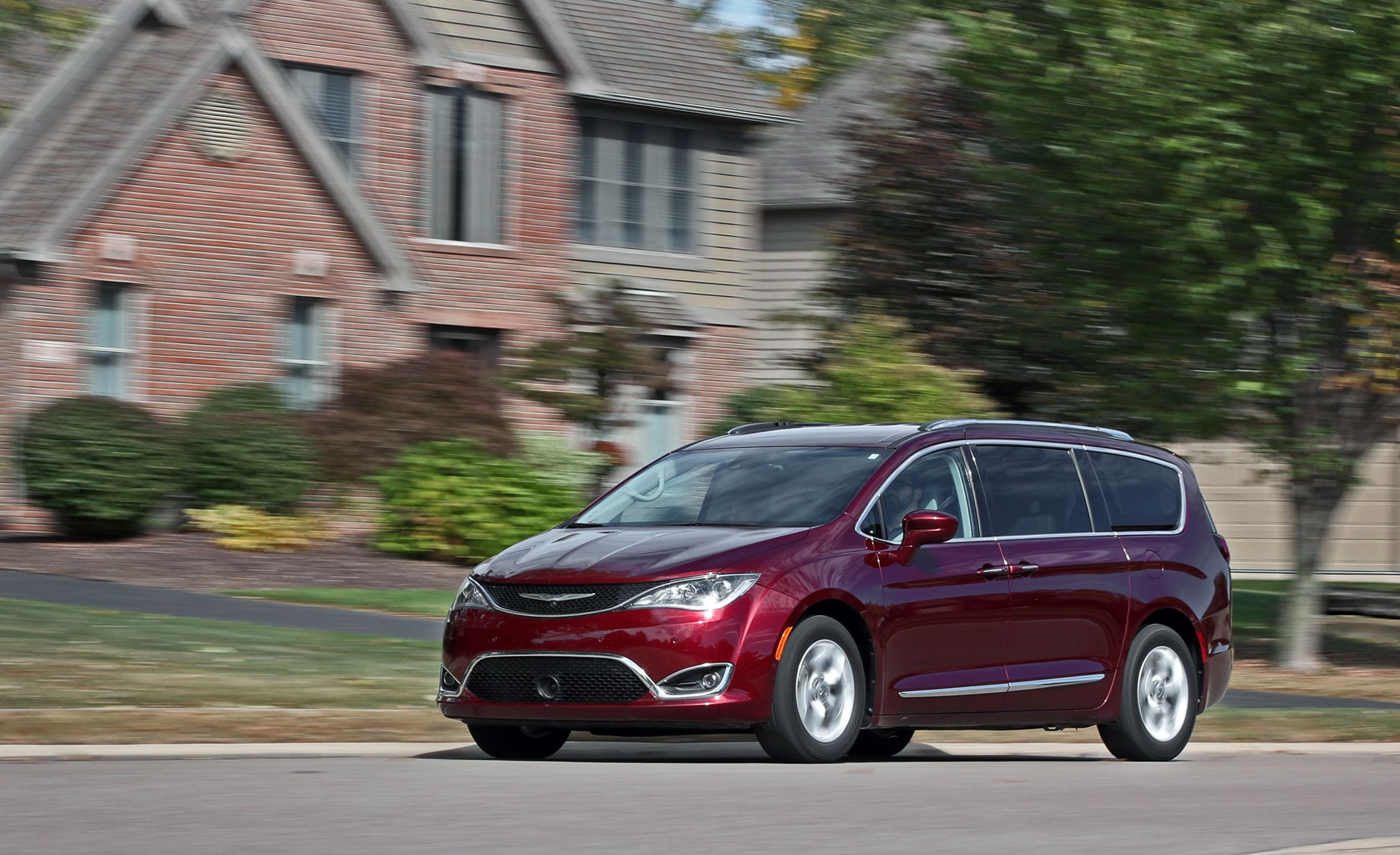 2017 Chrysler Pacifica Long-Term Test Update | Review | Car and Driver