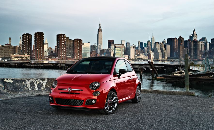 Appearance Is Everything: Fiat 500 Gets Three New Style Packages - Slide 1
