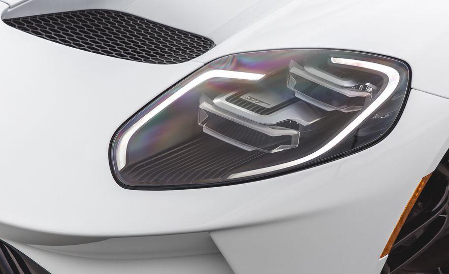 2017 Ford GT - Slide 17