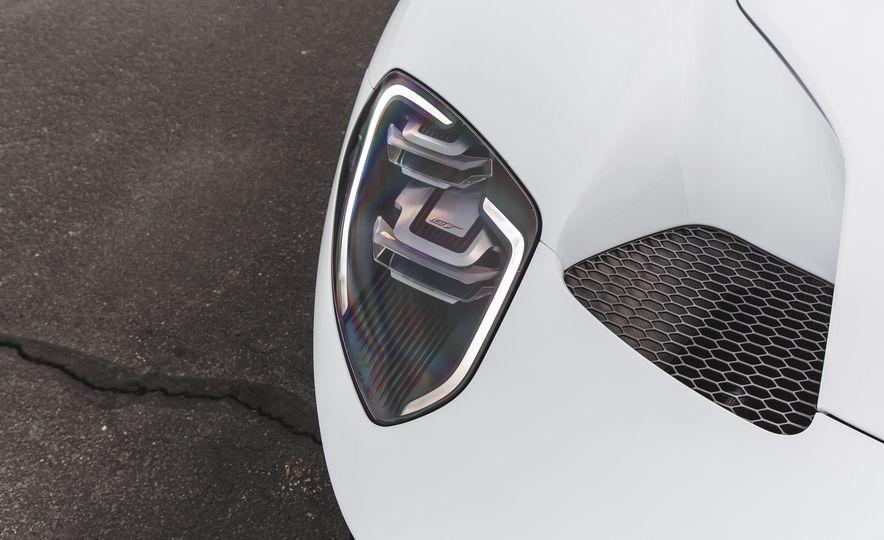 2017 Ford GT - Slide 19