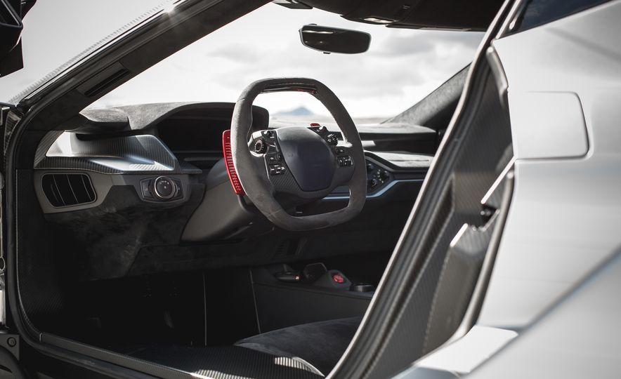 2017 Ford GT - Slide 48