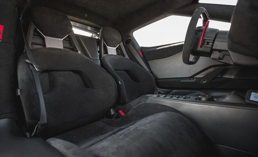 2017 Ford GT - Slide 50
