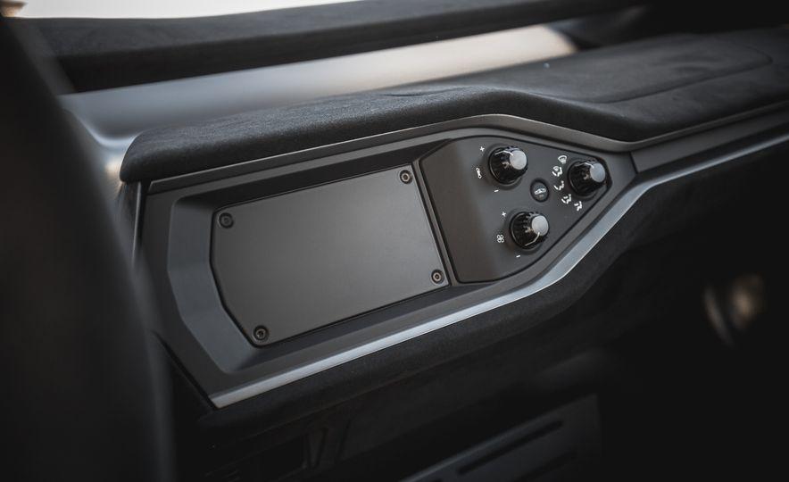 2017 Ford GT - Slide 54