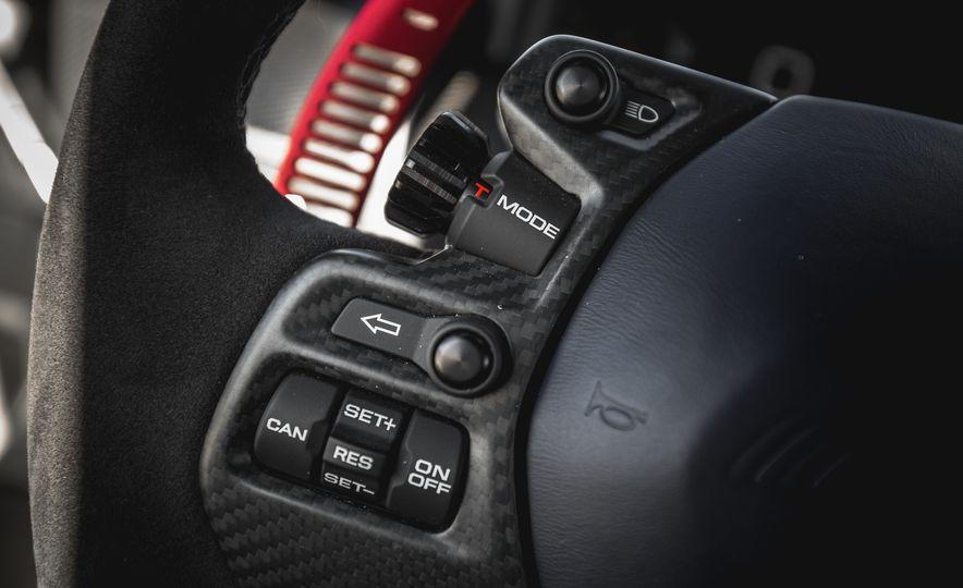 2017 Ford GT - Slide 59
