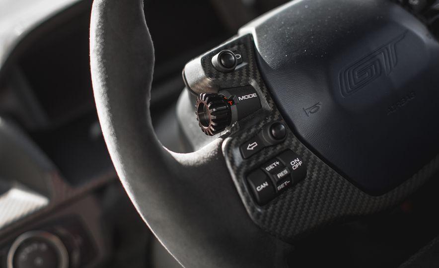 2017 Ford GT - Slide 70