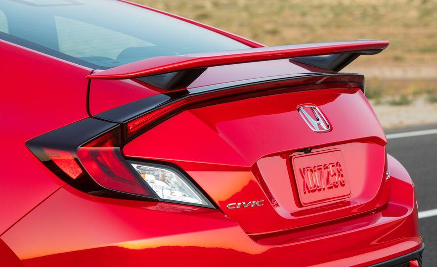 2017 Honda Civic Si - Slide 69
