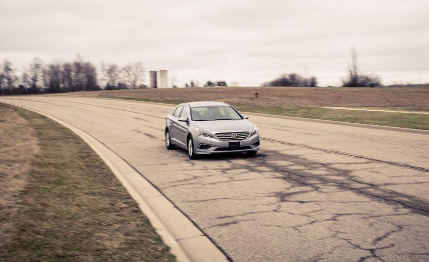 2017 Hyundai Sonata - Slide 4