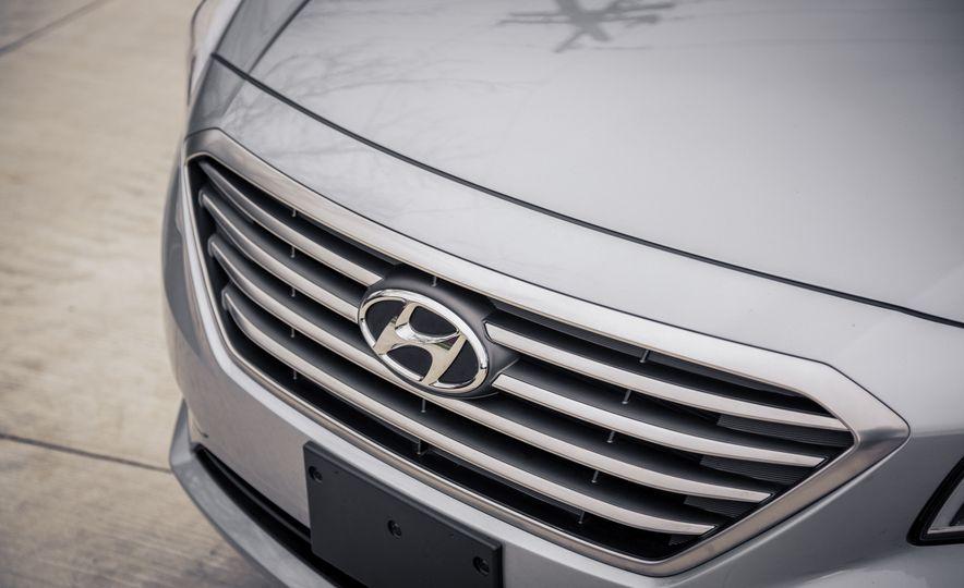 2017 Hyundai Sonata - Slide 18