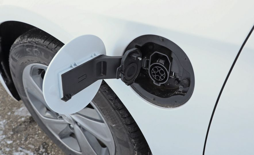 2017 Hyundai Sonata - Slide 60