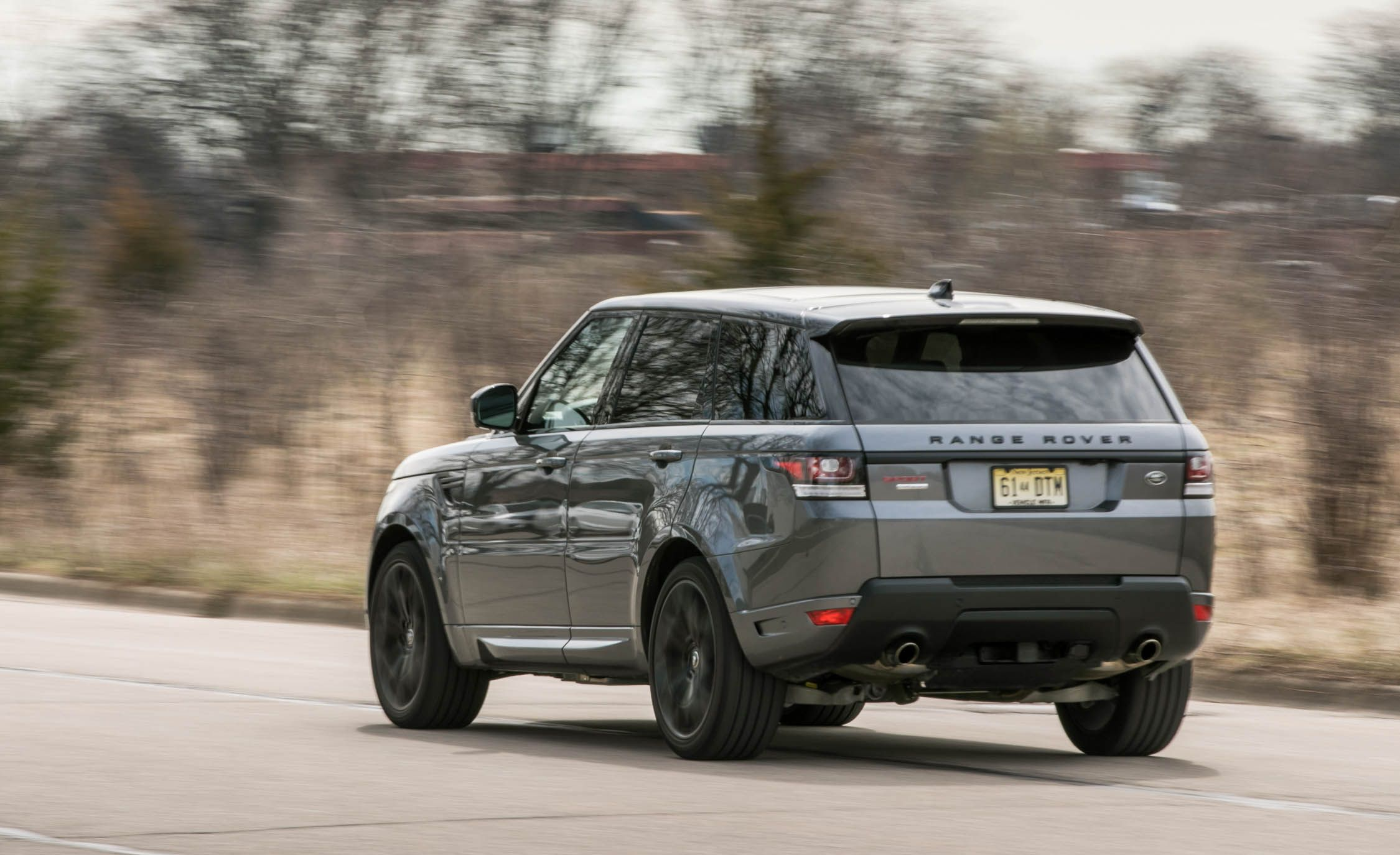Land Rover Range Rover Sport Supercharged SVR Reviews