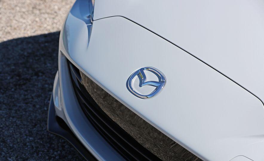 2017 Mazda MX-5 Miata - Slide 74