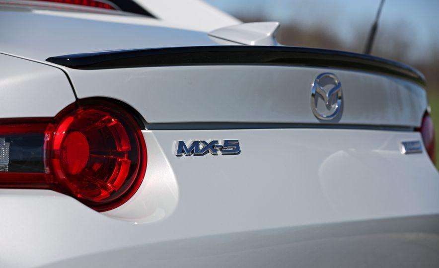 2017 Mazda MX-5 Miata - Slide 78