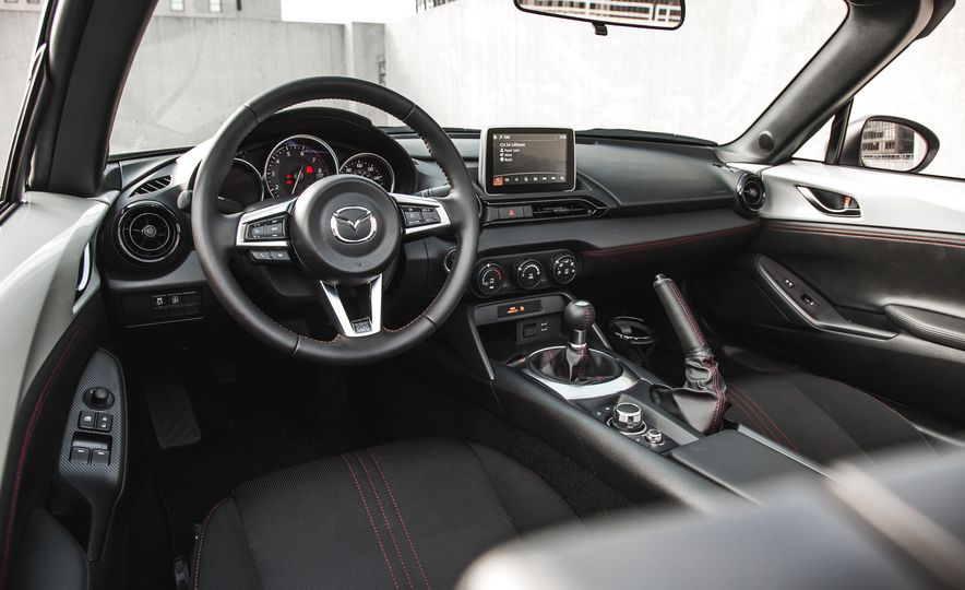 2017 Mazda MX-5 Miata - Slide 28