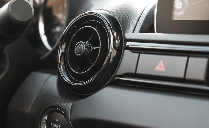 2017 Mazda MX-5 Miata - Slide 41