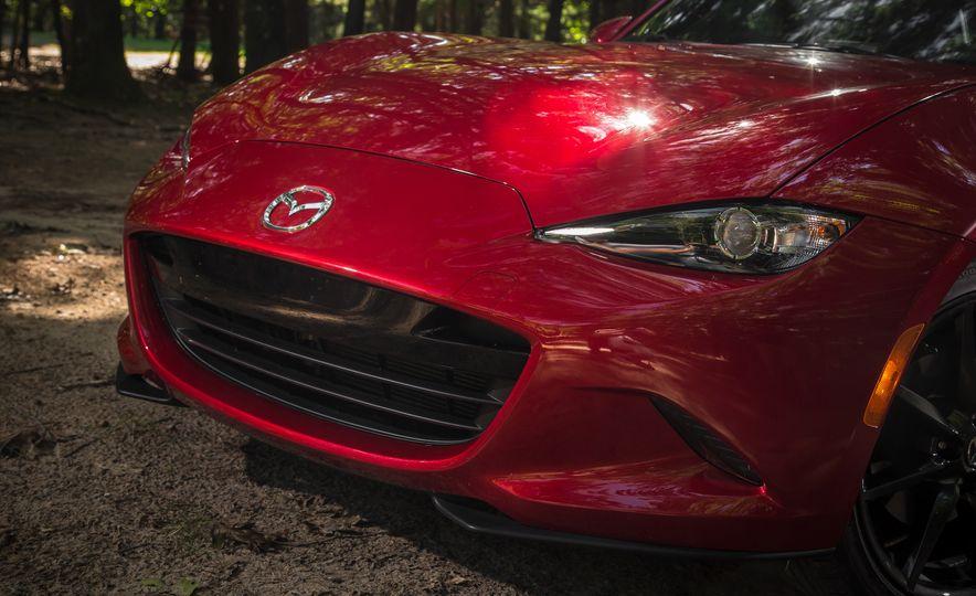 2017 Mazda MX-5 Miata - Slide 121