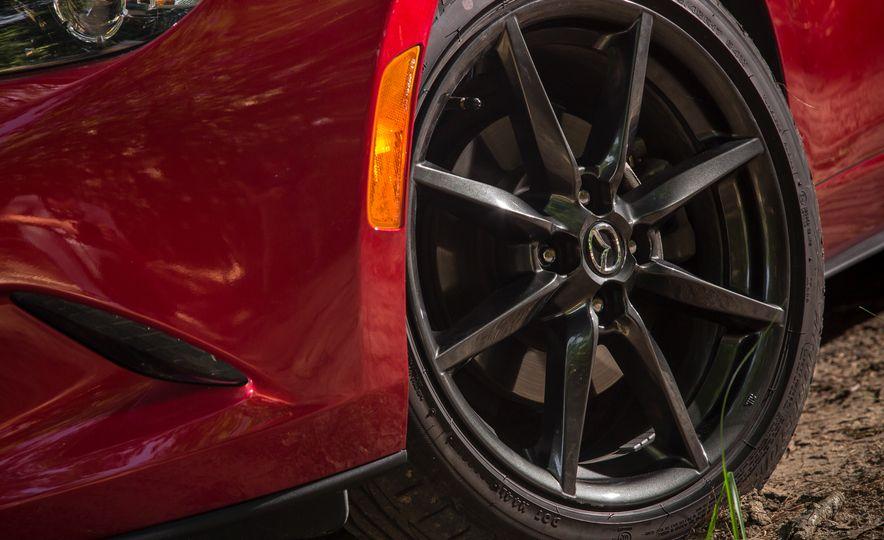 2017 Mazda MX-5 Miata - Slide 122