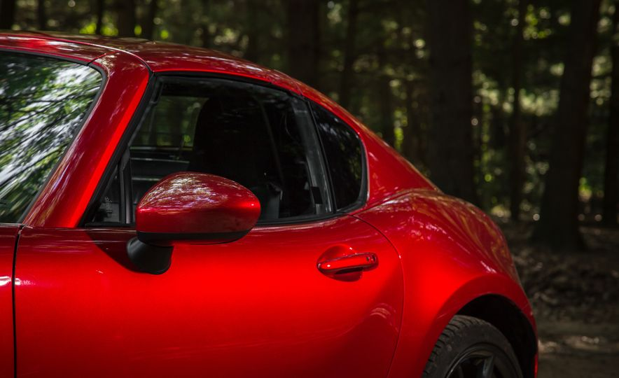 2017 Mazda MX-5 Miata - Slide 123