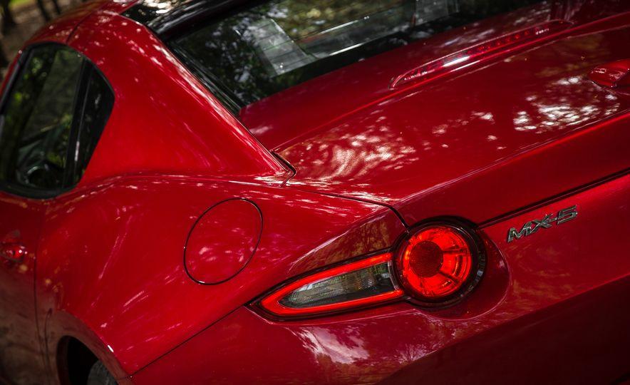 2017 Mazda MX-5 Miata - Slide 124