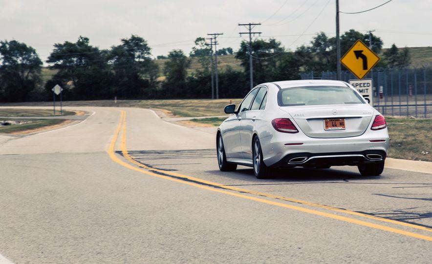 2017 Mercedes-Benz E300 - Slide 9