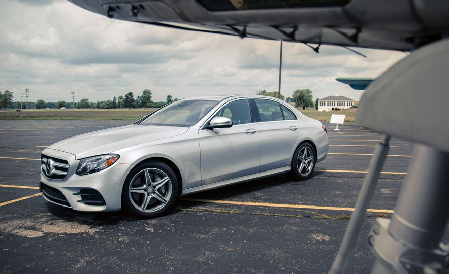 2017 Mercedes-Benz E300 - Slide 11