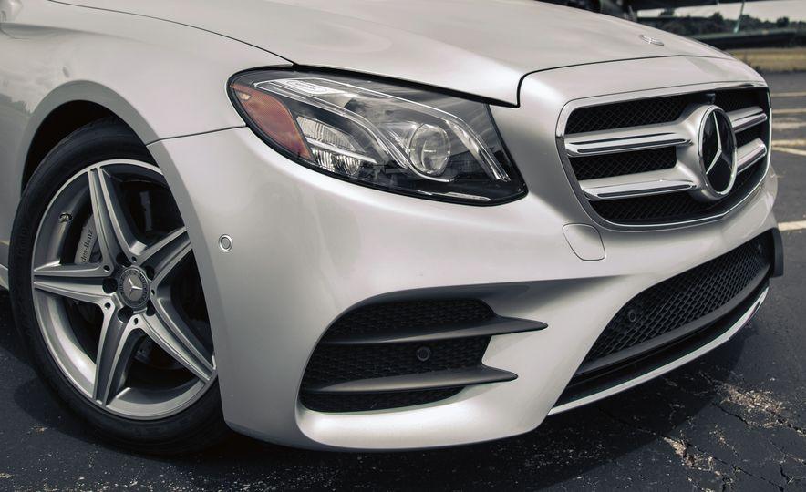 2017 Mercedes-Benz E300 - Slide 16