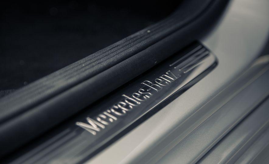 2017 Mercedes-Benz E300 - Slide 34