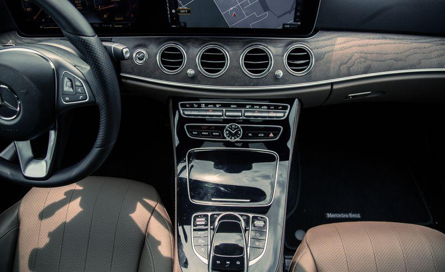2017 Mercedes-Benz E300 - Slide 35