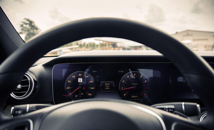 2017 Mercedes-Benz E300 - Slide 36