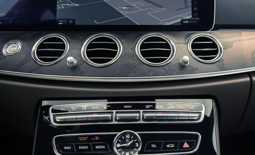 2017 Mercedes-Benz E300 - Slide 41