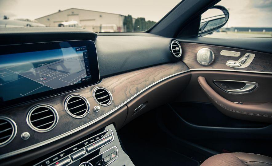 2017 Mercedes-Benz E300 - Slide 43
