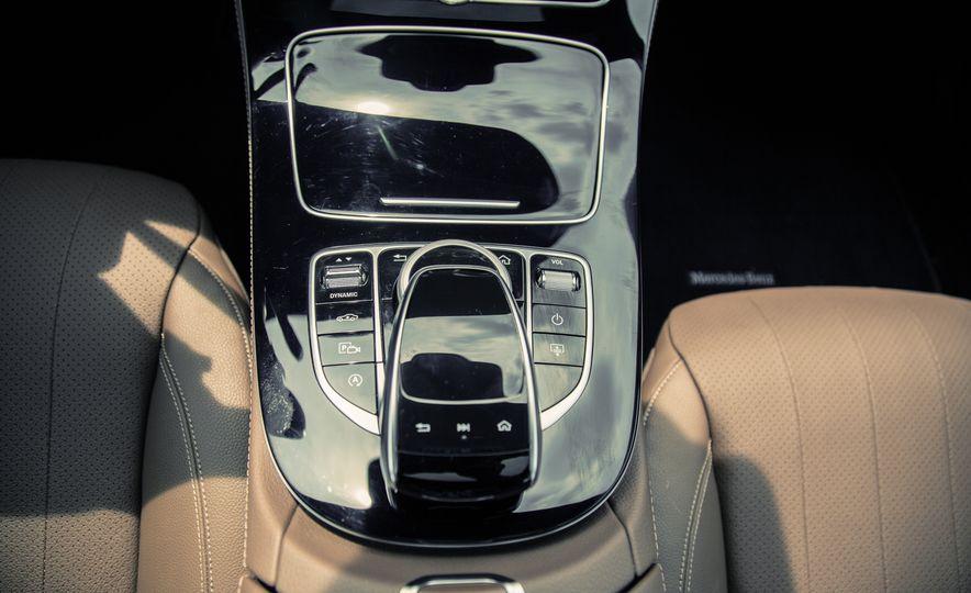 2017 Mercedes-Benz E300 - Slide 48