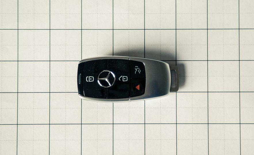 2017 Mercedes-Benz E300 - Slide 56