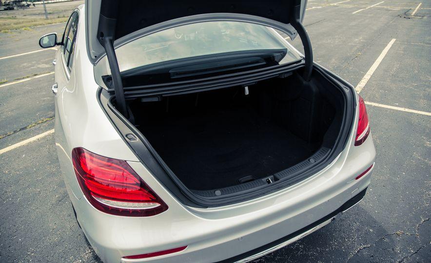 2017 Mercedes-Benz E300 - Slide 57
