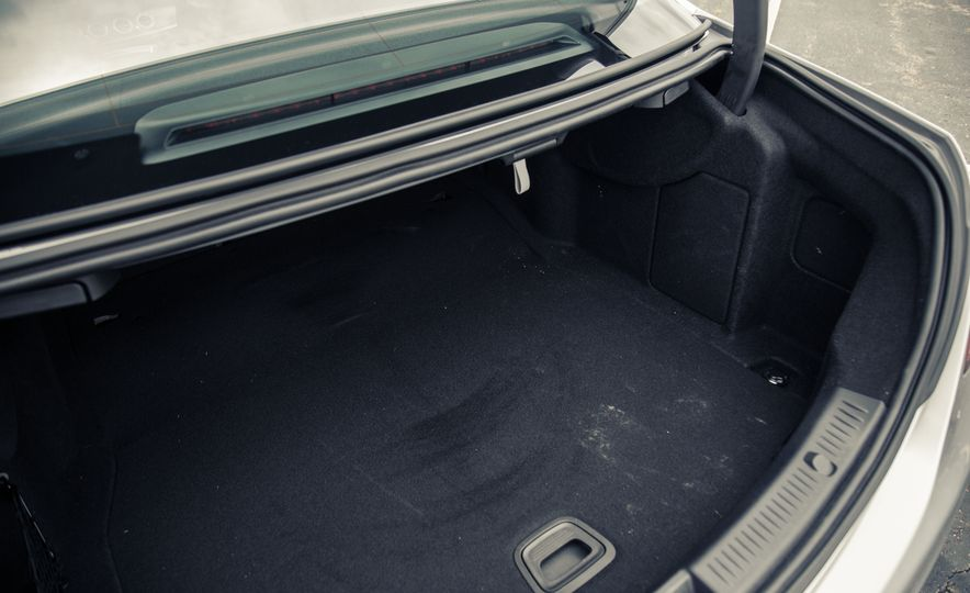 2017 Mercedes-Benz E300 - Slide 58