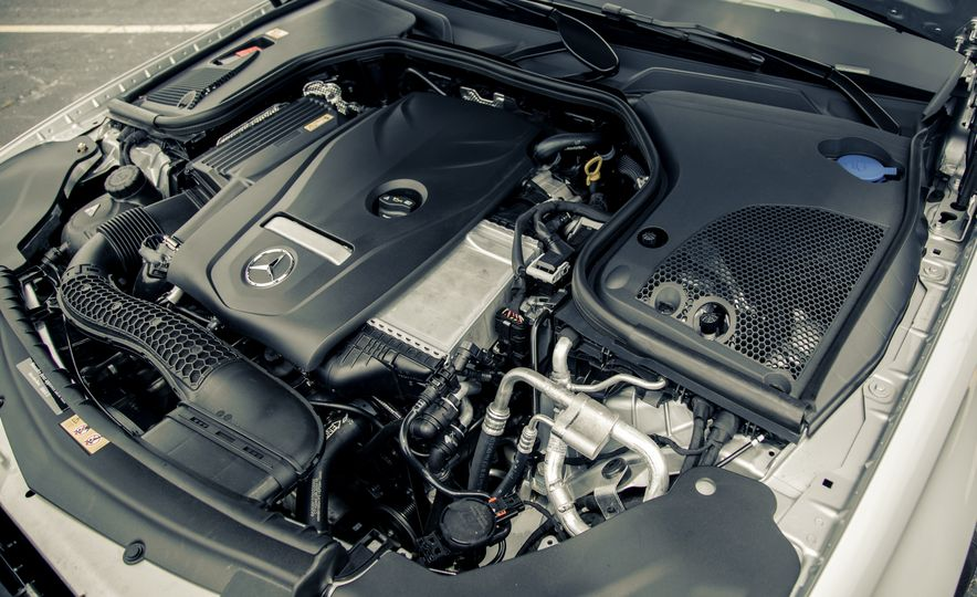 2017 Mercedes-Benz E300 - Slide 59