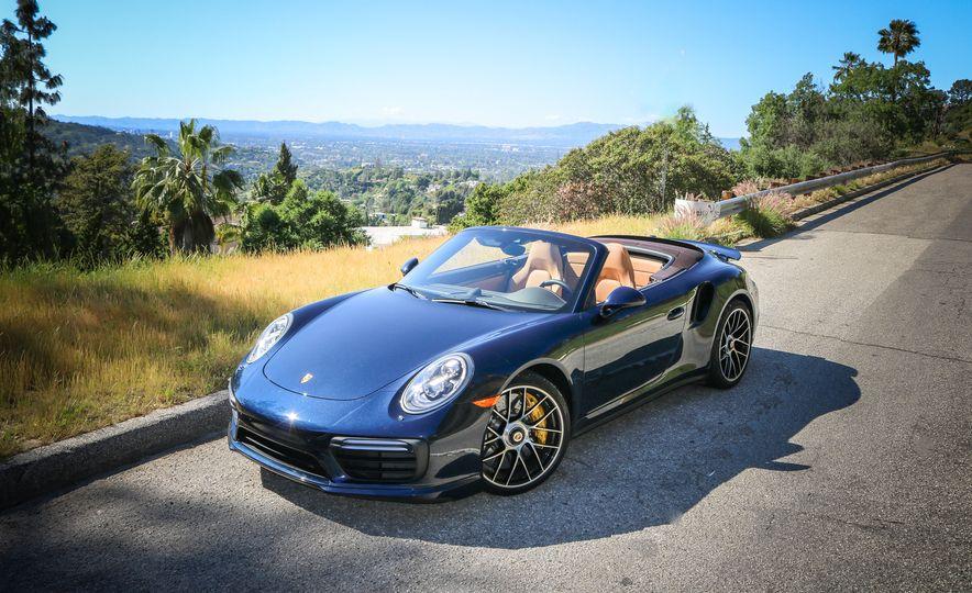 2017 Porsche 911 Turbo S cabriolet - Slide 16